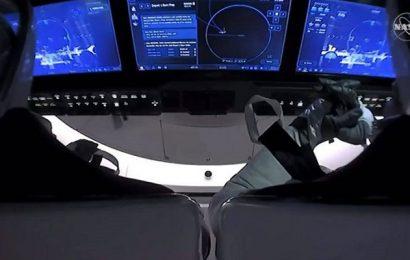 Los dos astronautas de SpaceX regresaron con éxito a la Tierra