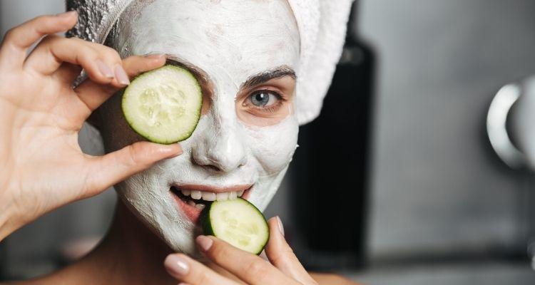 10 mascarillas caseras para aclarar la piel de la cara
