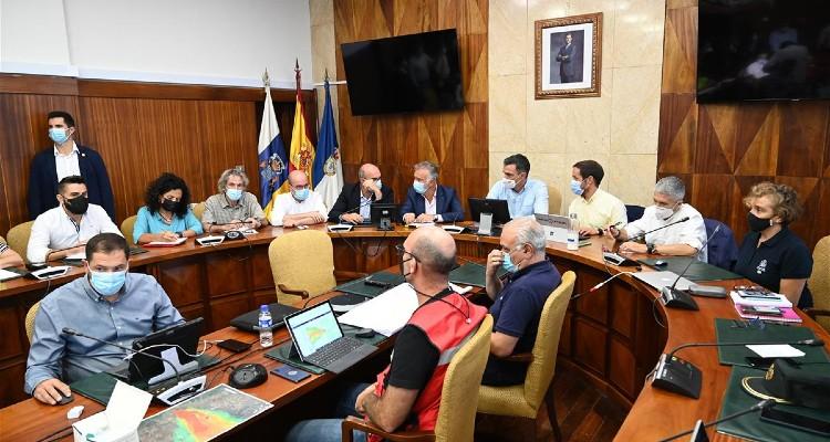 Pedro Sánchez anuncia los primeros pasos para la declaración de zona de emergencia en La Palma